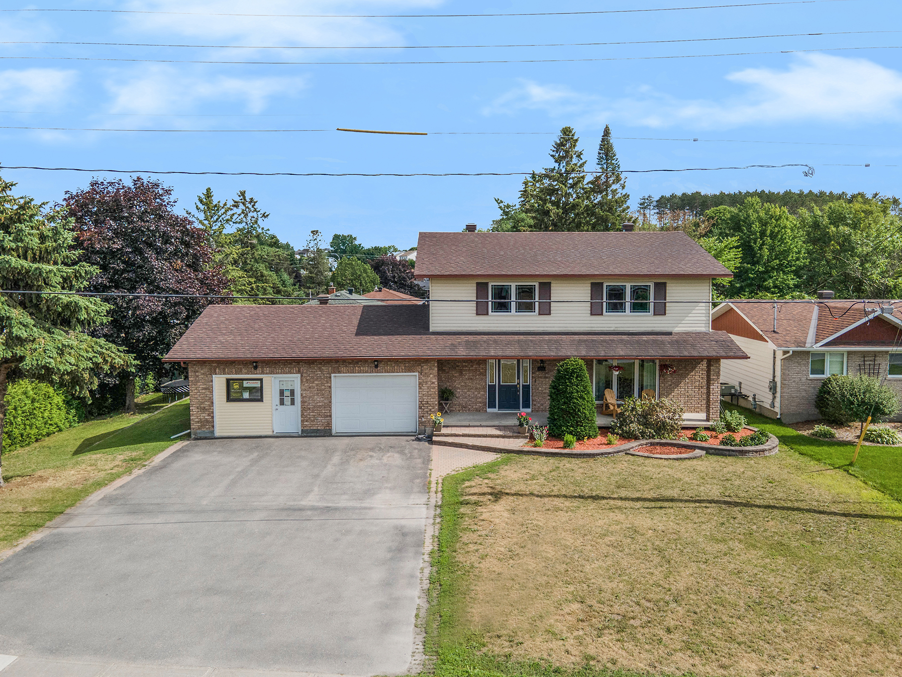 FOR SALE - 1275 Laurier St, Rockland
